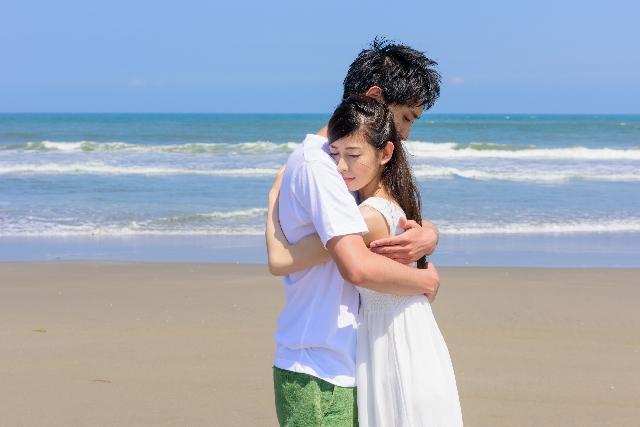 抱きしめられる夢は心休まる場所を求めている。抱きしめられる夢の夢占い